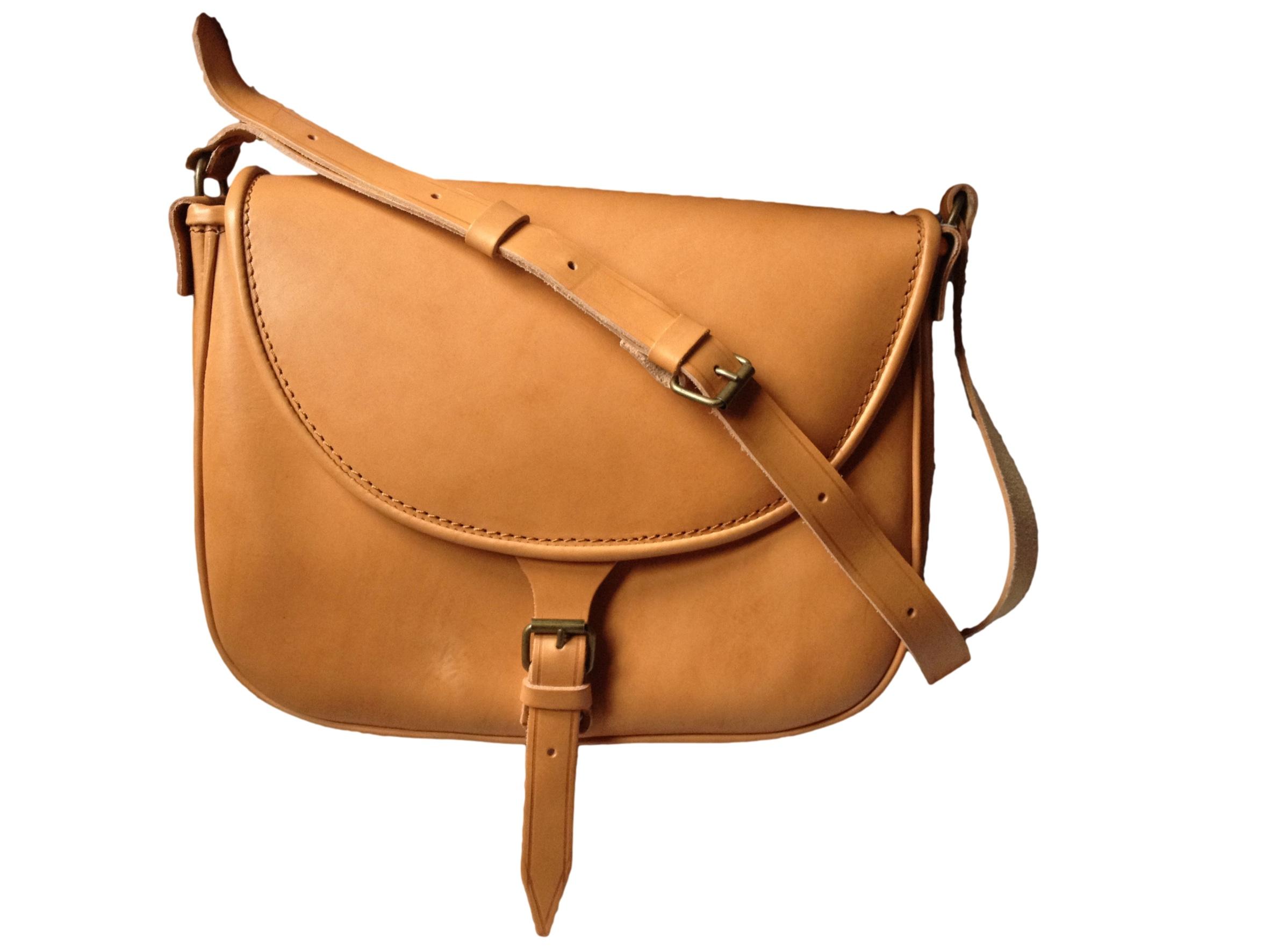 2b5960e92c493 Caratteristiche delle borse in pelle de La Tolfetana